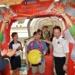 Royal-Caribbean-crew-surprises-its-millionth-guest