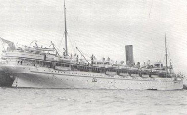 WW1_HospitalShip_Rewa_built_1906_sunk_1918