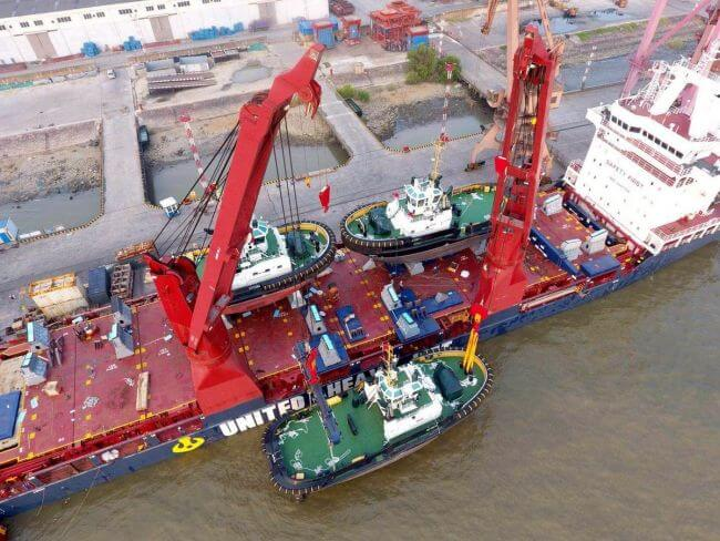 Damen_stock_vessels_to_arrive_from_China_2