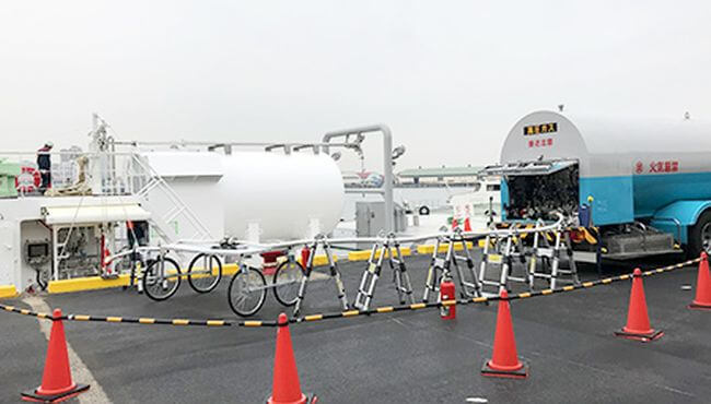LNG-fueled Tugboat Ishin Marks 1st Bunkering of LNG Fuel in Kansai Region