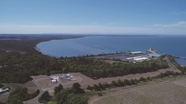 Aerial_photo_of_liquefaction_loading_facilty_at_the_Port_of_Hastings_Victoria