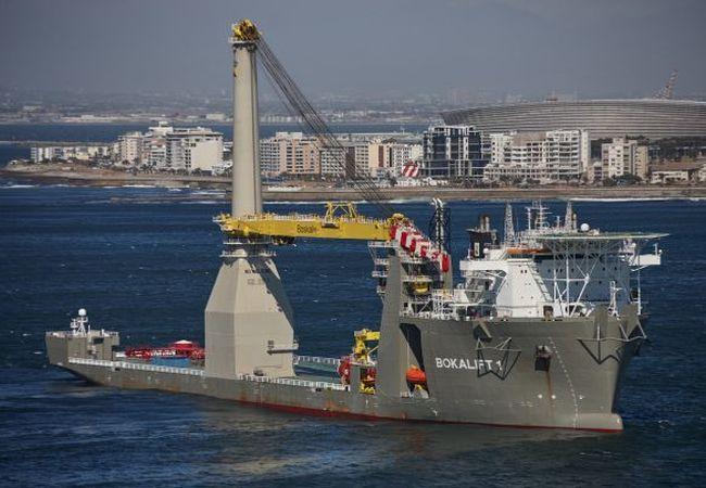 boskalis-crane-vessel-bokalift