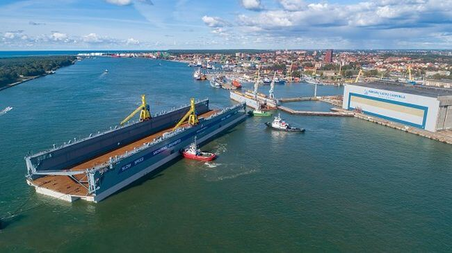 largest floating dock for servicing Post-Panamax, Panamax and Aframax vessels was delivered to Klaipeda