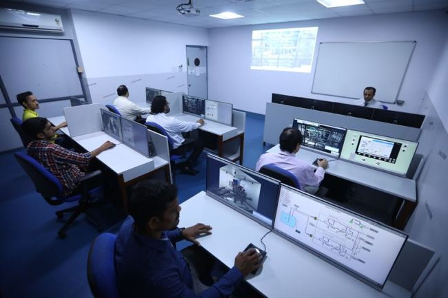 Wärtsilä again first to market with LNG simulator solution enabling Anglo-Eastern to provide state-of-the-art crew training (Copyright - Anglo-Eastern)