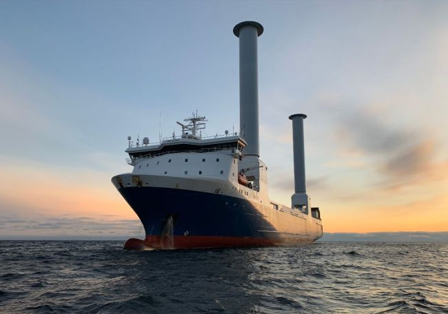 Norsepower Installs First Tiltable Rotor Sails On Sea-Cargo Ro-Ro