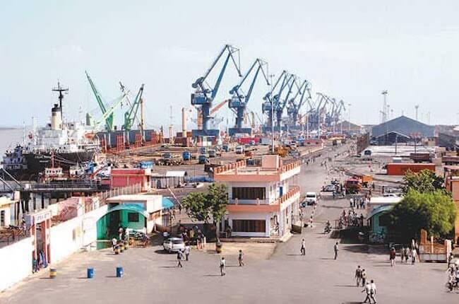 Kandla_Port_Deendayal port